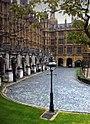 Un rincón de las Casas del Parlamento - panoramio.jpg