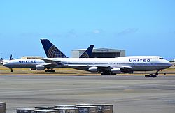 United 747 in Honolulu (7733416524).jpg