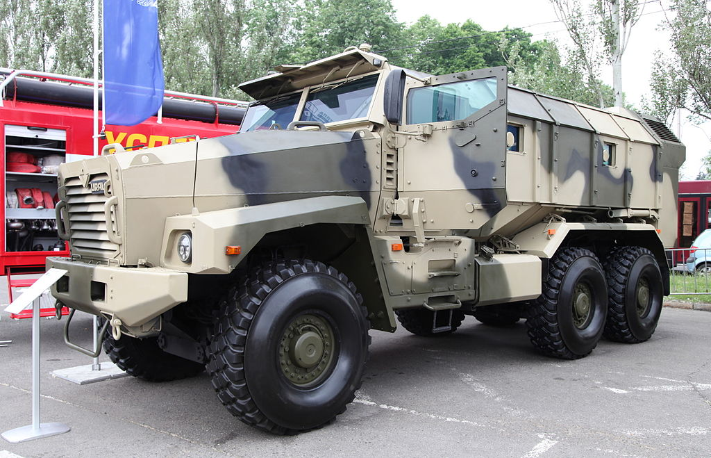 Typhoon MRAP family vechiles - Page 4 1024px-Ural-63099_armored_vehicle-2012-04