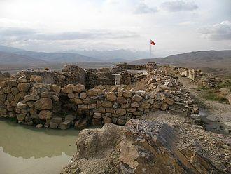 Van Province - Image: Urartian fort in Çavuştepe