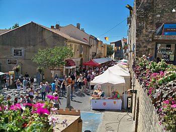 Français : Fêtes de la Véraison à Chateauneuf ...