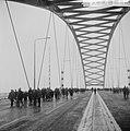 Van Brienenoordbrug open voor wandelaars, Bestanddeelnr 917-4118.jpg
