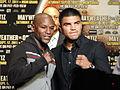 Victor Ortiz and Floyd Mayweather, Jr. 3.jpg