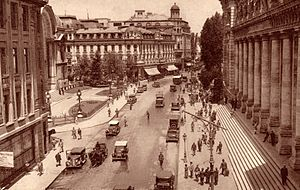 Calea Victoriei - 1940 - Postal palace (today the History Museum) and CEC Palace (left)