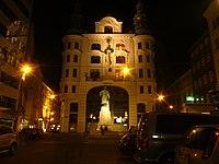 Vienna at night (13753153754).jpg