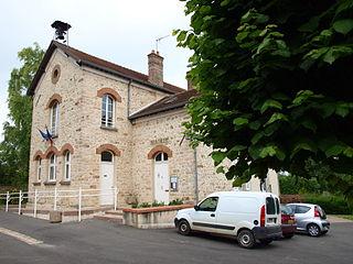Ville-Saint-Jacques Commune in Île-de-France, France