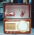 """Vintage Television Collection- Motorola Porthole """"Suitcase"""" 7-Inch Television Set, Uses Electrostatic Deflection, Missing Antenna Housed in Cover (Typical of These Sets), Very Good Condition, Circa 1949 (8607935946).jpg"""