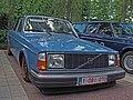 Volvo 242 (14508021693).jpg