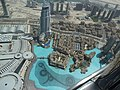 Vue du mall of Dubaï et son environnement à partir du 124ème étage du Borj Khalifa (plus de 800 mètres de haut) (6976103989).jpg