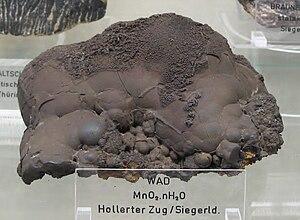 Nsutite - Earthy manganese or wad