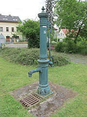 Water pump at Alt-Schmöckwitz.jpg