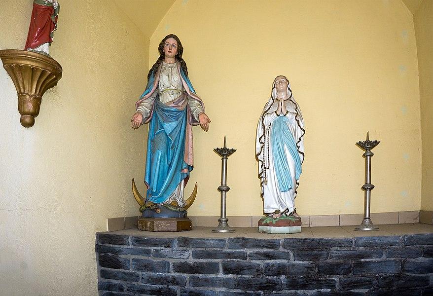Wayside chapel in Wolwelange, rue Principale