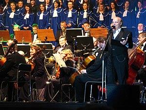 Wiesław Ochman - Wiesław Ochman and the Chór Akademii Medycznej of Lublin performing in Zamość in 2008.