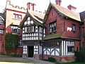 WightwickManor(JohnDarch)Apr2006.jpg
