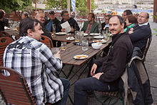 Wikipedia regulars table Dresden may 2015.jpg