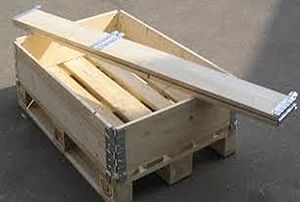 Reusable packaging - A wooden pallet collar box