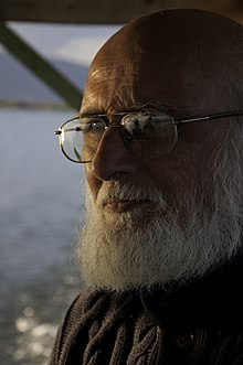 Writer Sitanshu Yashaschandra Mehta at Loktak lake.jpg