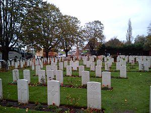 Essex Farm Cemetery - Image: Ypres Kanaaldijk Site John Mc Crae 11