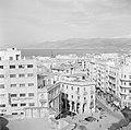 Zicht op Beiroet van een van de daken, Bestanddeelnr 255-6173.jpg