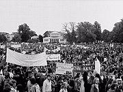 Anti-AKW Demonstration im Bonner Hofgarten. Quelle: Wikimedia