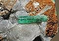 Émeraude, parisite-(Ce), calcite 300-3-0216.JPG