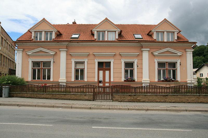 File:Černá Hora, dům č. 7 (6283).jpg