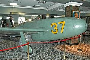 Yakovlev Yak-15 - Yak-15 forward fuselage and engine