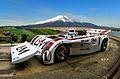 富士山と白いレースカー.jpg