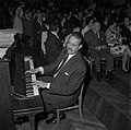 13.10.1962. Le chef d'Orchestre Lionel Cazeaux. (1962) - 53Fi2976.jpg