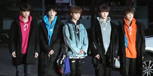 190308 TXT Music Bank rehearsal.png