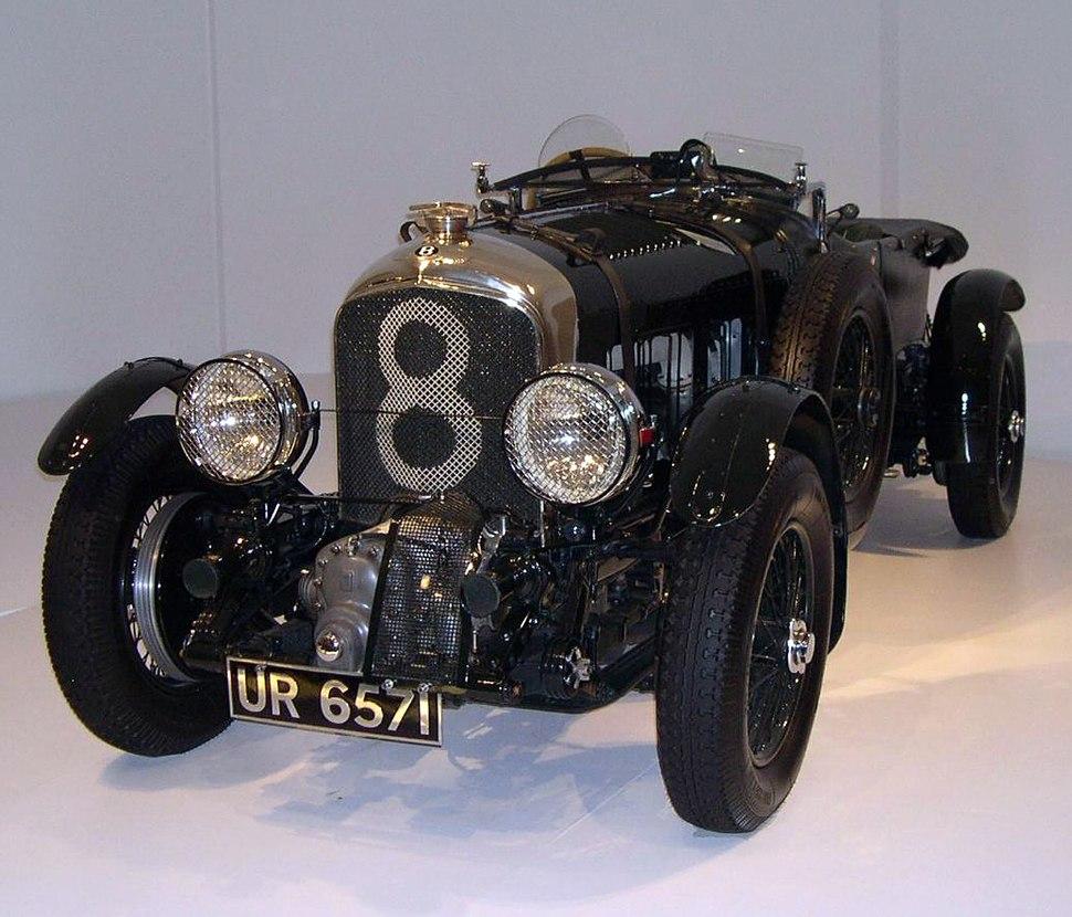 1929 Bentley front 34 left 2