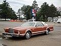 1977 Lincoln Continental Mark V (5976178285).jpg