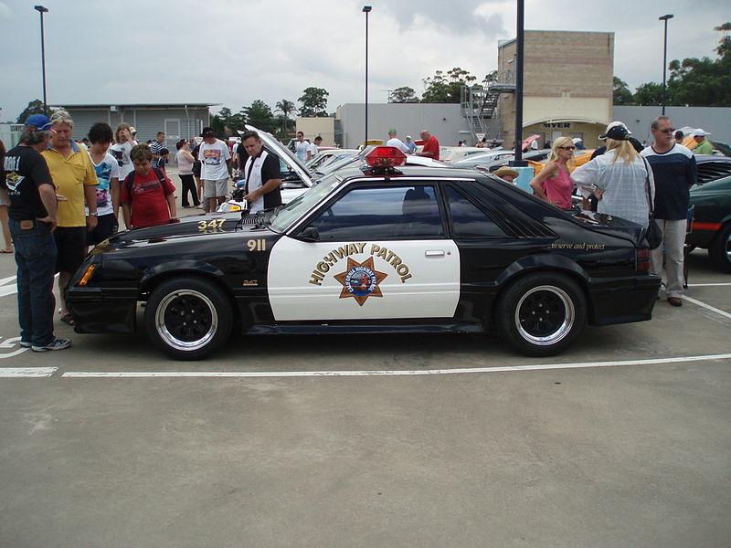 File:1983 Ford Mustang Police Interceptor coupe (5409777293).jpg