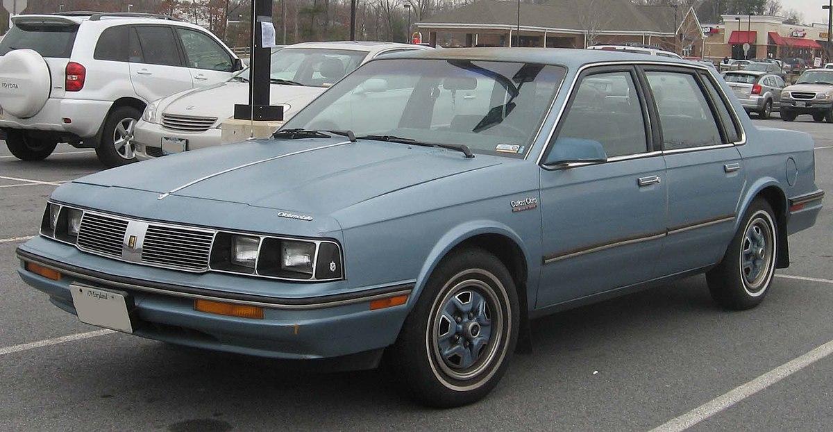 file 1985 88 oldsmobile cutlass ciera jpg wikimedia commons 1985 88 oldsmobile cutlass ciera jpg