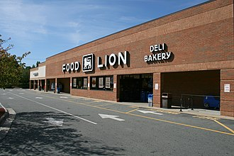 Food Lion - Food Lion in Durham, North Carolina. The store has since remodeled to the new signage in 2015.