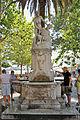 2011 Dubrownik, Fontanna na placu przed bramą Pile (01).jpg