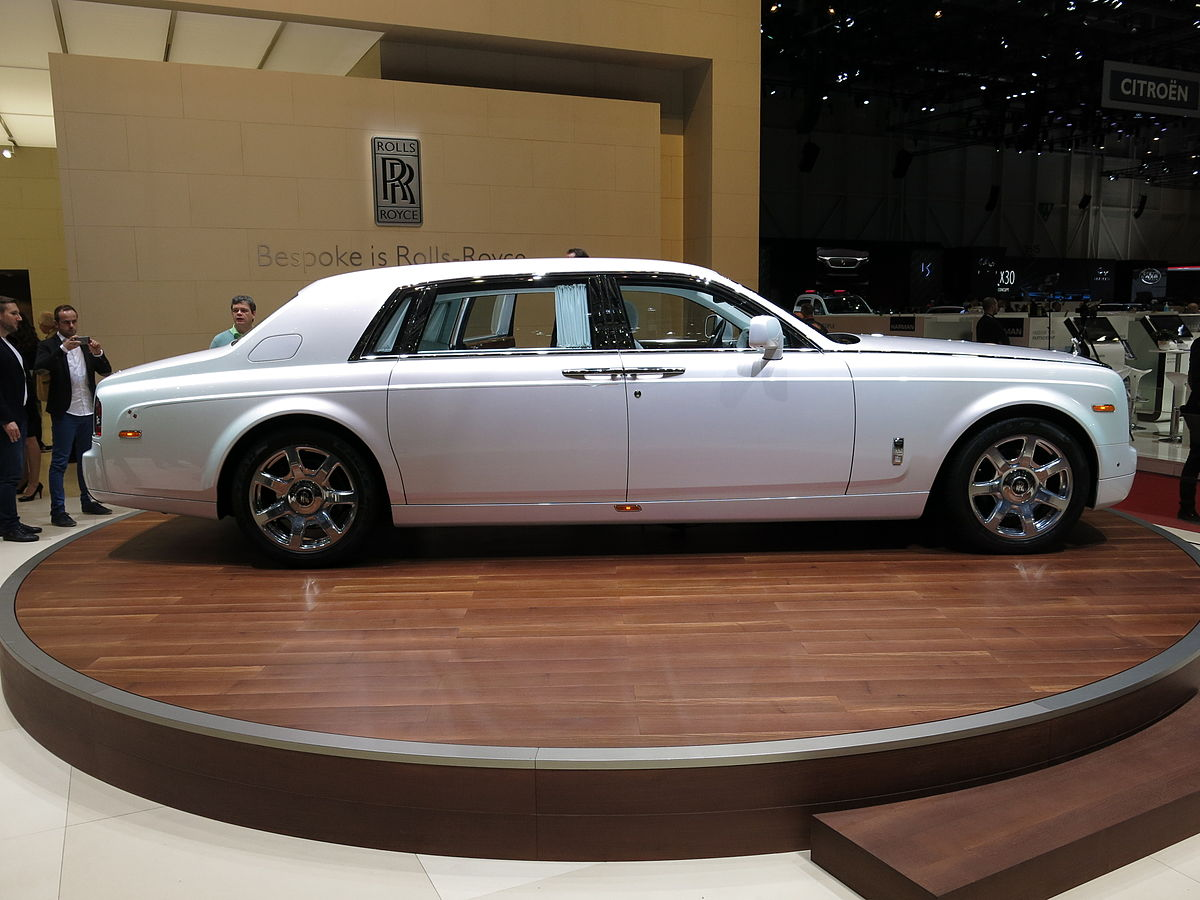 Cost To Paint A Car >> Rolls-Royce Phantom Serenity - Wikipedia