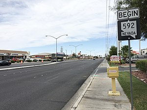 Flamingo Road (Las Vegas) - View at the west end of SR 592 looking eastbound