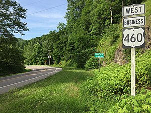 Special routes of U.S. Route 460 - View west along US 460 Bus entering Cedar Bluff