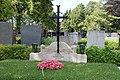 2017-08-147 021 Friedhof Hietzing - Karl Biedermann.jpg