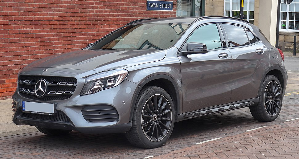 2018 Mercedes-Benz GLA 220 AMG Line Exclusive Diesel 4MATIC 2.1 Front