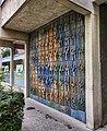 2020-06-05 Gemeindebau Ernst-Papanek-Hof relief by Alfred Kirchner.jpg