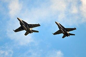 Boeing F/A-18E/F Super Hornet - F/A-18F Super Hornet (left) and a F/A-18A Hornet (right)