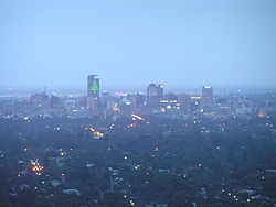 Adelaide at dusk 01.jpg