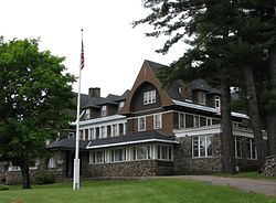 Administration Bldg, Adirondack Cottage Sanitarium.jpg