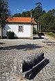 Adro da Igreja Matriz de Serrazes - Portugal (38304932106).jpg