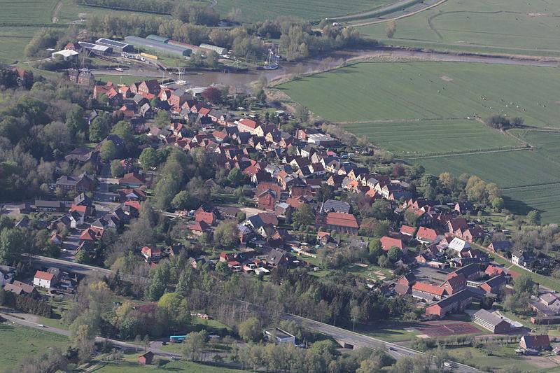 File:Aerial photograph 8526 DxO.jpg