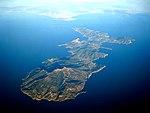 Vue aérienne de l'île d'Elbe 1.jpg
