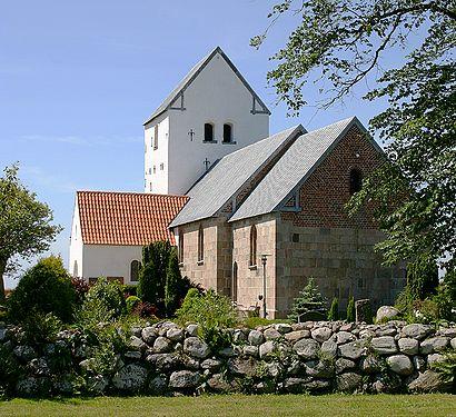 Sådan kommer du til Aggersborg Kirke med offentlig transport – Om stedet