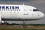 Airbus A320-214 Turkish Airlines TC-JPV (14441313461).jpg